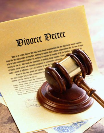 En Cas De Divorce Comment Faire Pour Changer Le Nom Du Titulaire Du