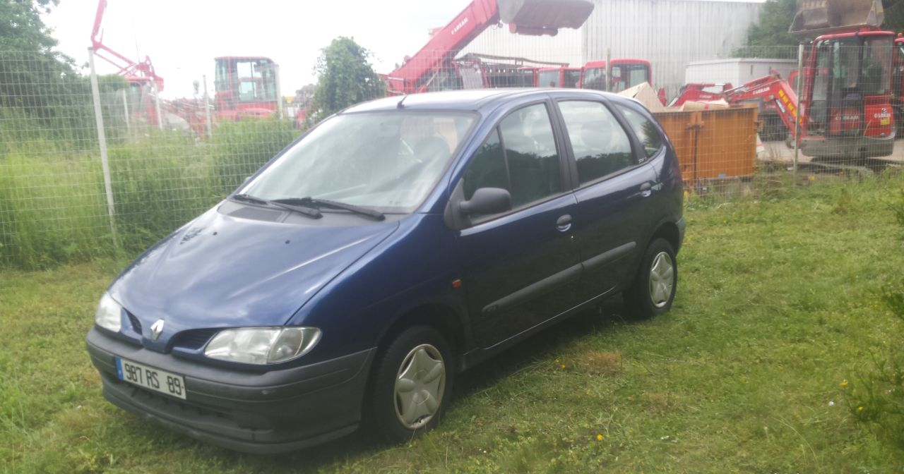 annonce Renault Scenic  1.6 i 90cv rt occasion