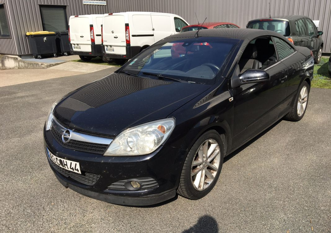 annonce Opel Astra iii twintop 1.9 cdti 150 fap cosmo occasion