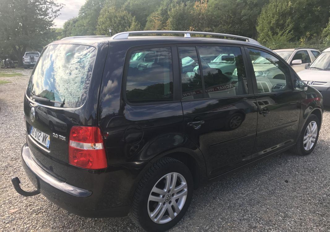 annonce Volkswagen Touran   2.0 tdi 16v 140cv bva occasion