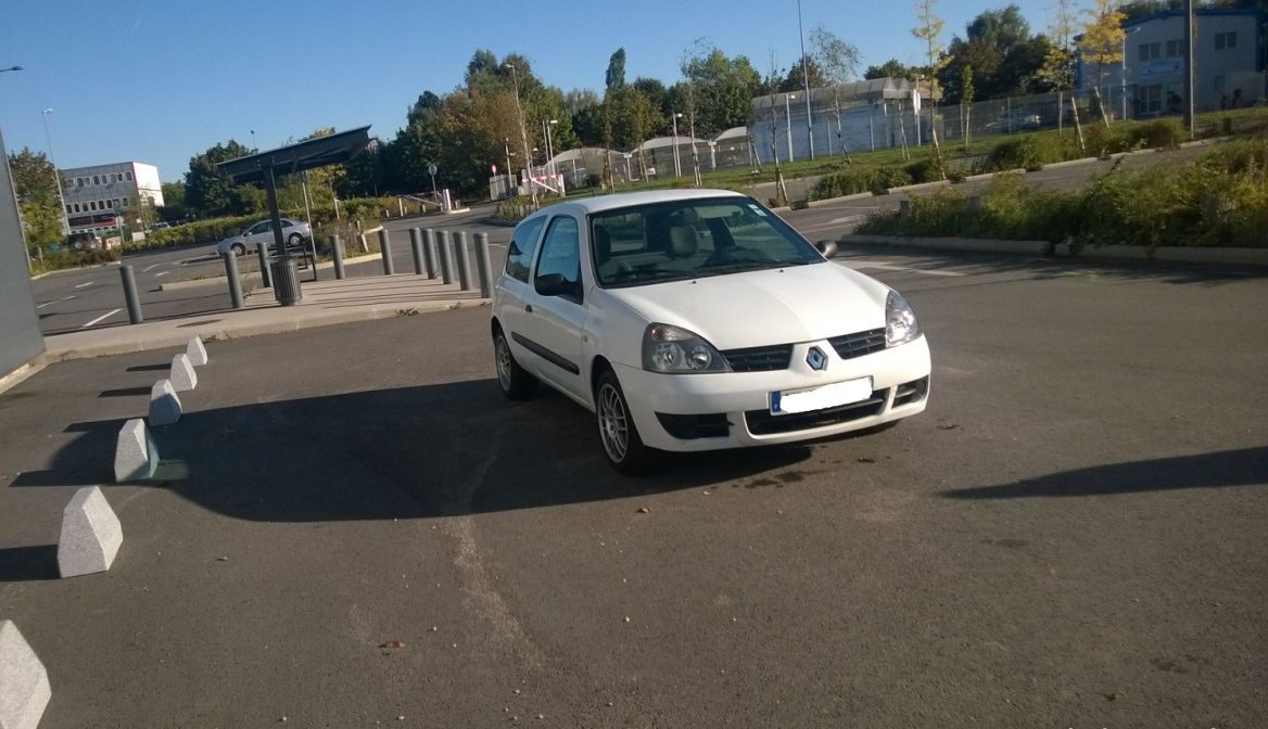 annonce Renault Clio   ii 2 campus societe 1.5 dci 65 air  occasion