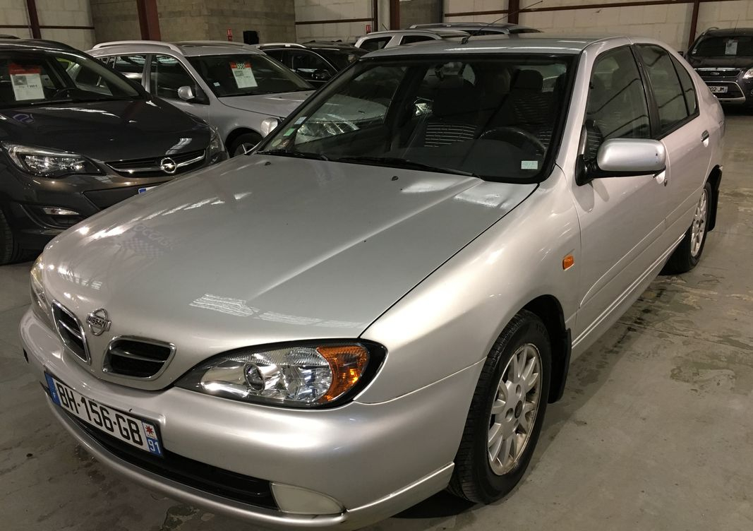 Photo Nissan Primera  ii (2) 2.0 td luxe occasion