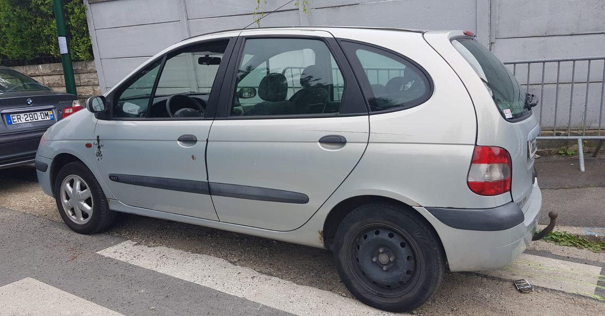 Photo Renault Scenic  1.6 rte 110 cv  occasion