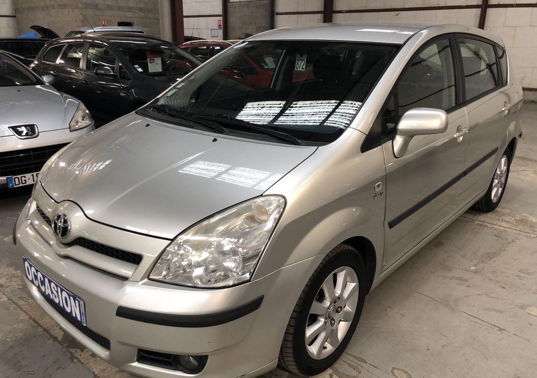 Photo Toyota Corolla Verso ii 115 d-4d linea  occasion