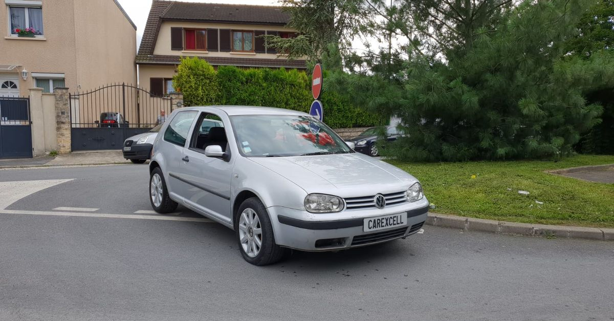 Photo Volkswagen Golf iv 1.6i 105cv pack occasion